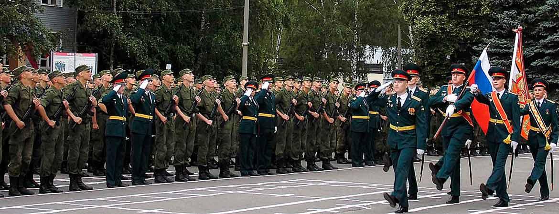 Однако на следующий день за своих товарищей вступились офицеры и других рот, в связи с чем участь одной роты разделил весь первый батальон семёновского полка.